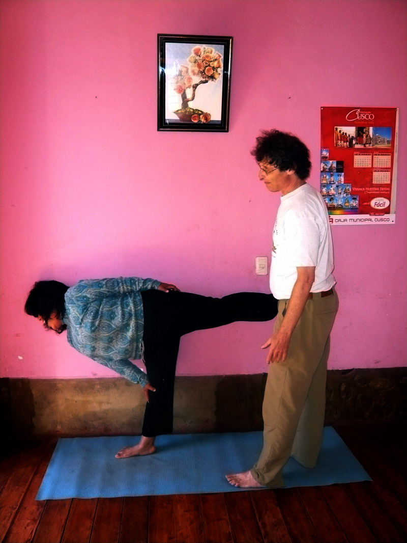 Housemother in Arda Chandrasana